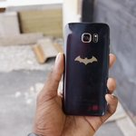 1 random @MKBHD and @Robot follower who RTs this in the next 24hrs will win the BATMAN phone https://t.co/FNSR45EZ82 https://t.co/lutSsTgXNJ