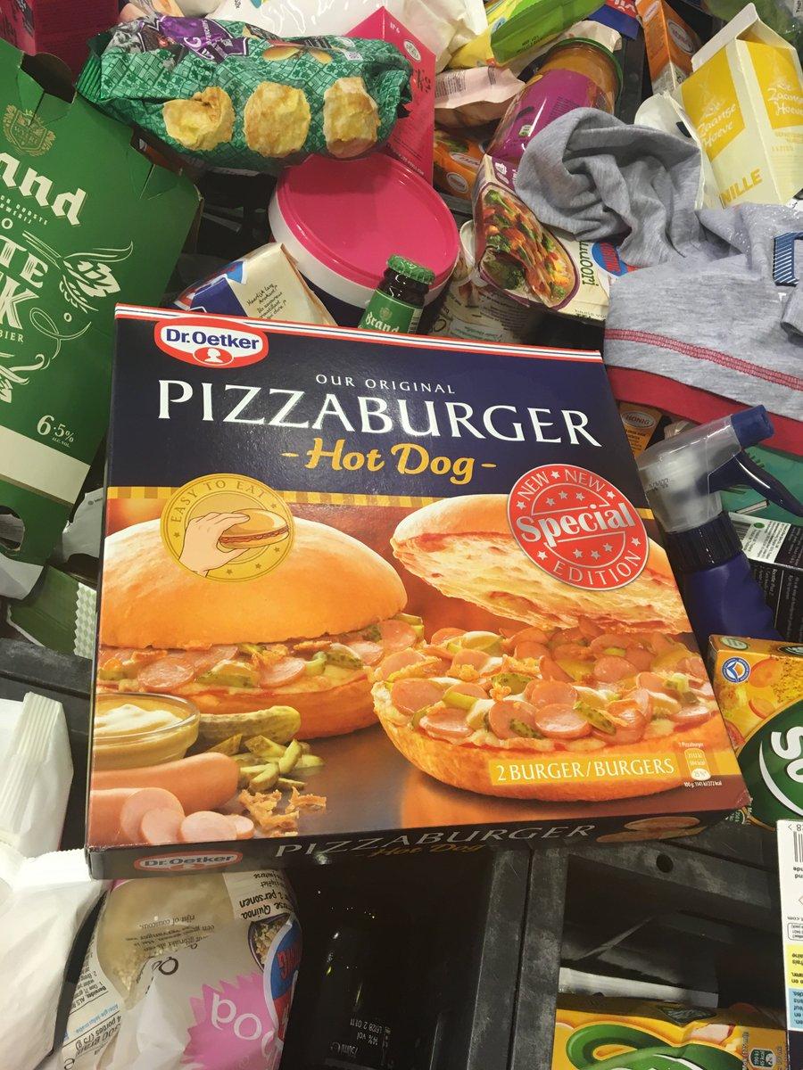 is a hot dog pizzaburger a sandwich https://t.co/KLvGwQEJrf