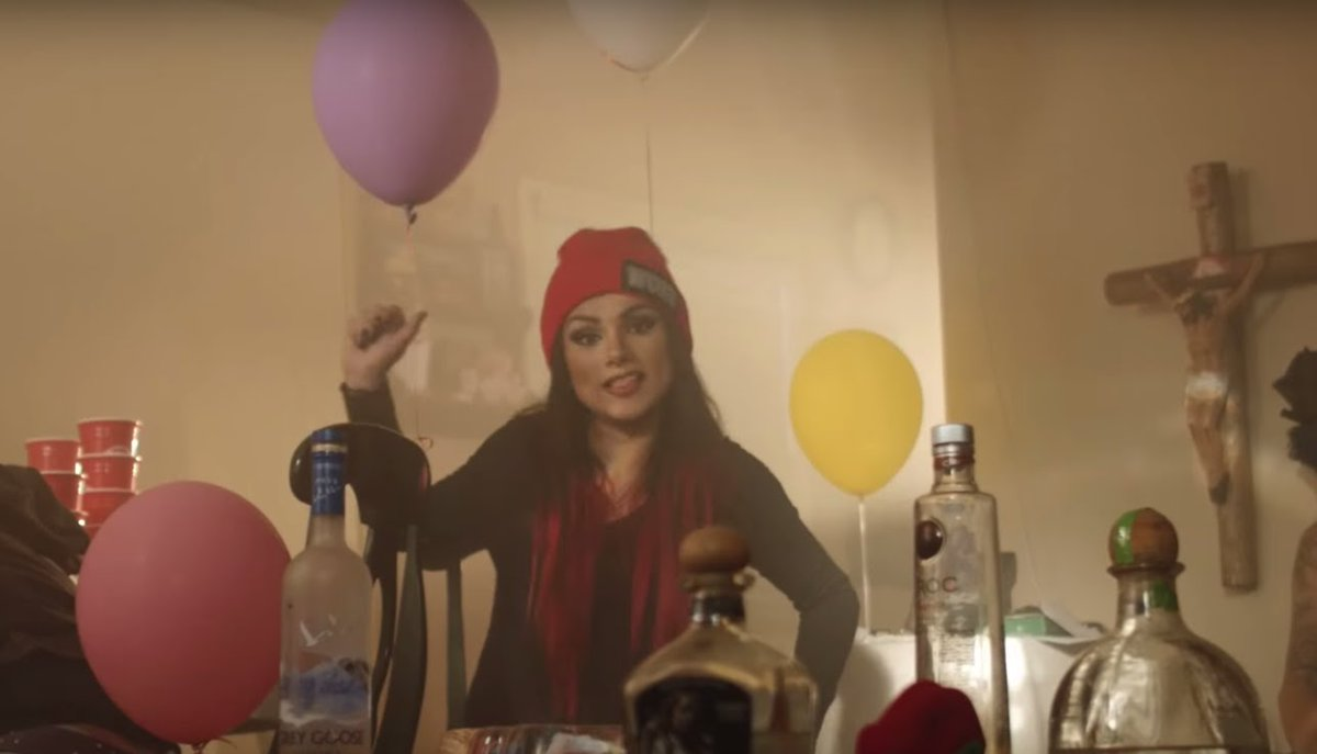 .@SnowThaProduct is a better rapper than you in at least two different languages: https://t.co/CrIXvEqctW https://t.co/h5SF8D5b2h
