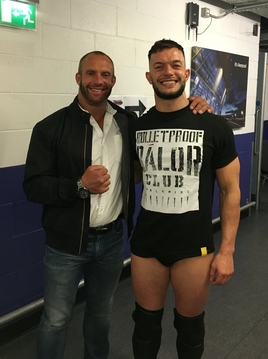 Always a treat catching up with my old pal @wwebalor ...see ya very soon pal #NXTLiverpool #Orlando #Acupunture https://t.co/w6KnGmw437