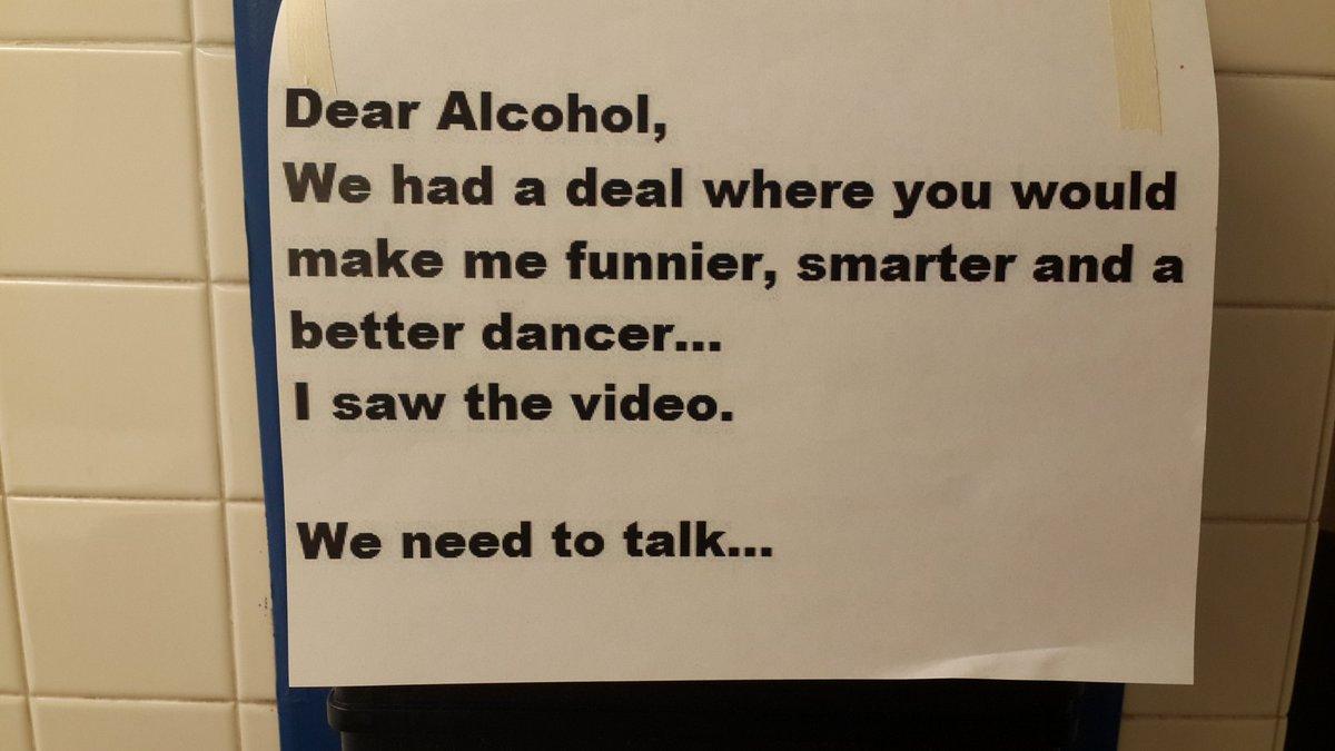 Querido Alcohol, habíamos quedado en q me harías más divertido, vivo y buen bailarín. Vi el video. Tenemos q hablar. https://t.co/djo6XQk1kh