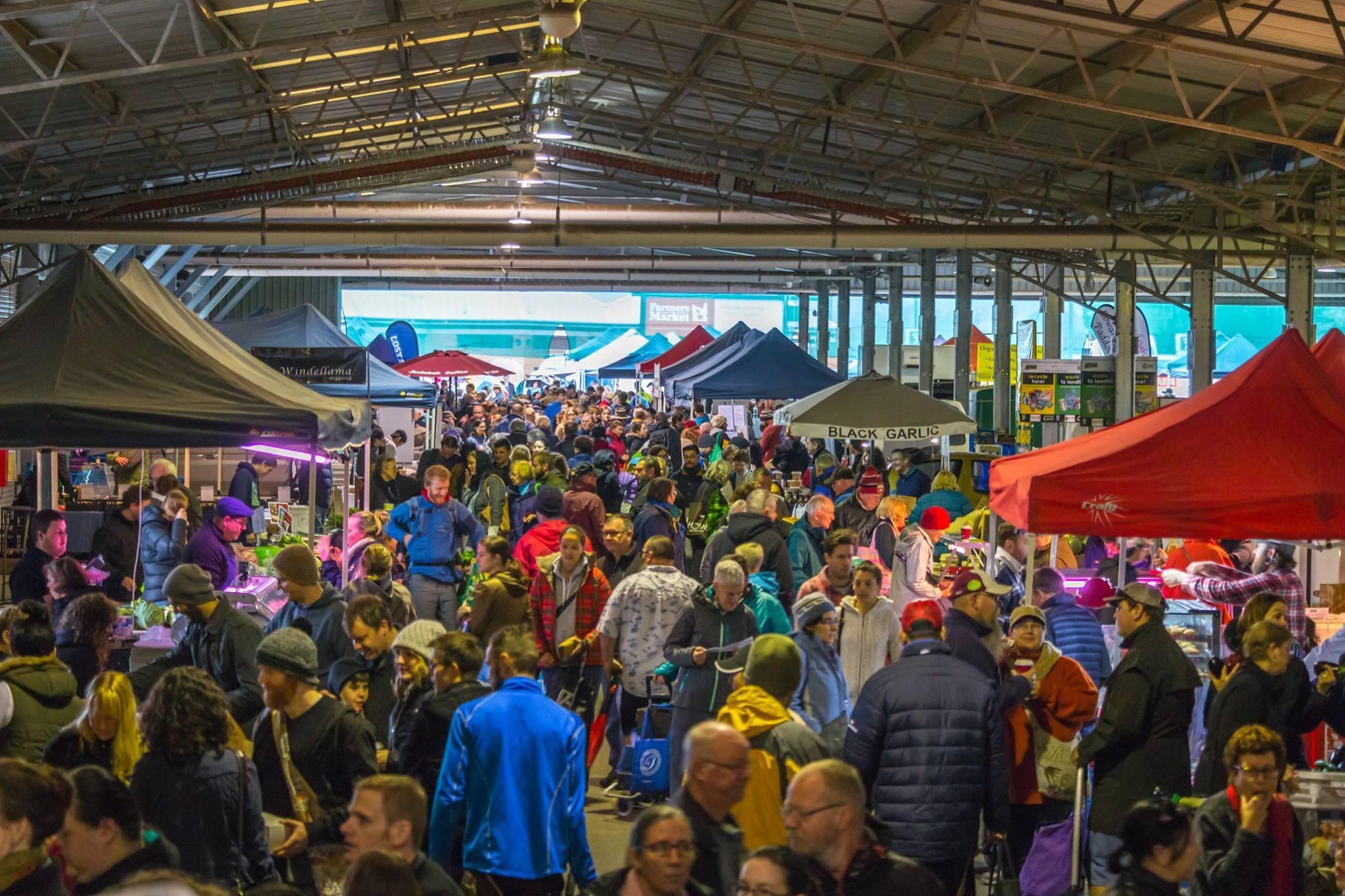 캔버라를 생생히 느낄 수 있는 공간! 바로 Capital Region Farmers Market입니다. 호주의 시장은 어떤 느낌일까요? :)  #호주 #wowaustralia   사진1) @dkolsky https://t.co/R9v1829ZK9