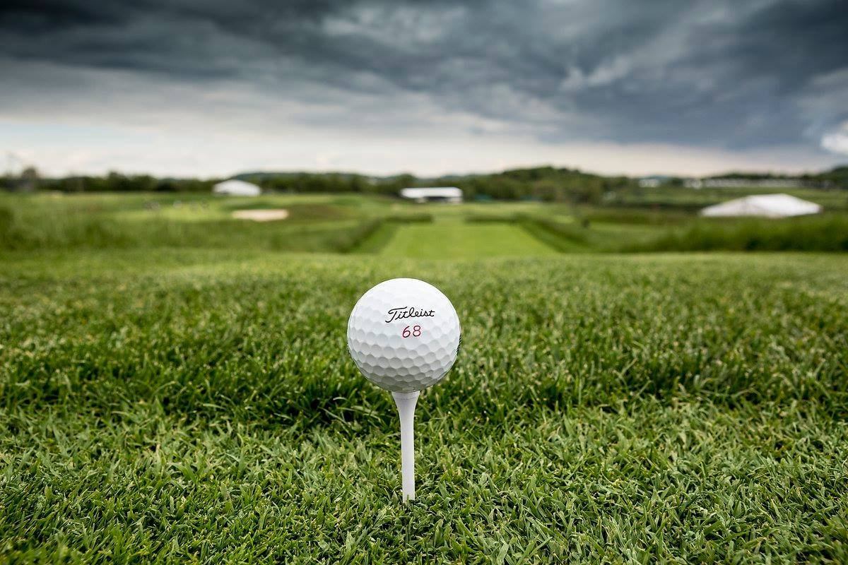 68 years. One ball. Titleist, the #1 ball at the 116th #USOpen. #1ballingolf https://t.co/FKosuRq20K https://t.co/Q0wIBL1SsS