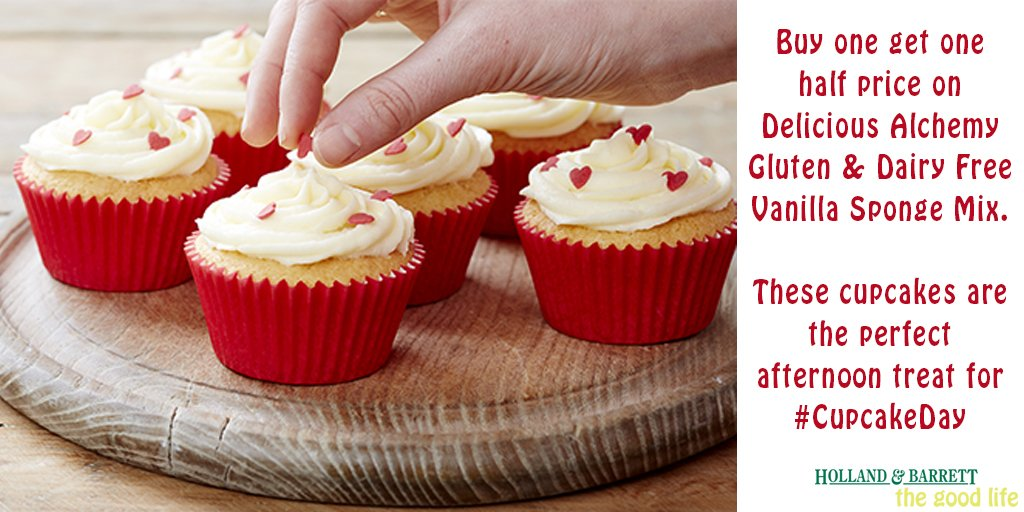 #CupcakeDay you say? Well then, we'll be making these @4GlutenFreeFood cupcakes for #ENGWAL! https://t.co/0uJ3AjowC9 https://t.co/ioy8614b4C