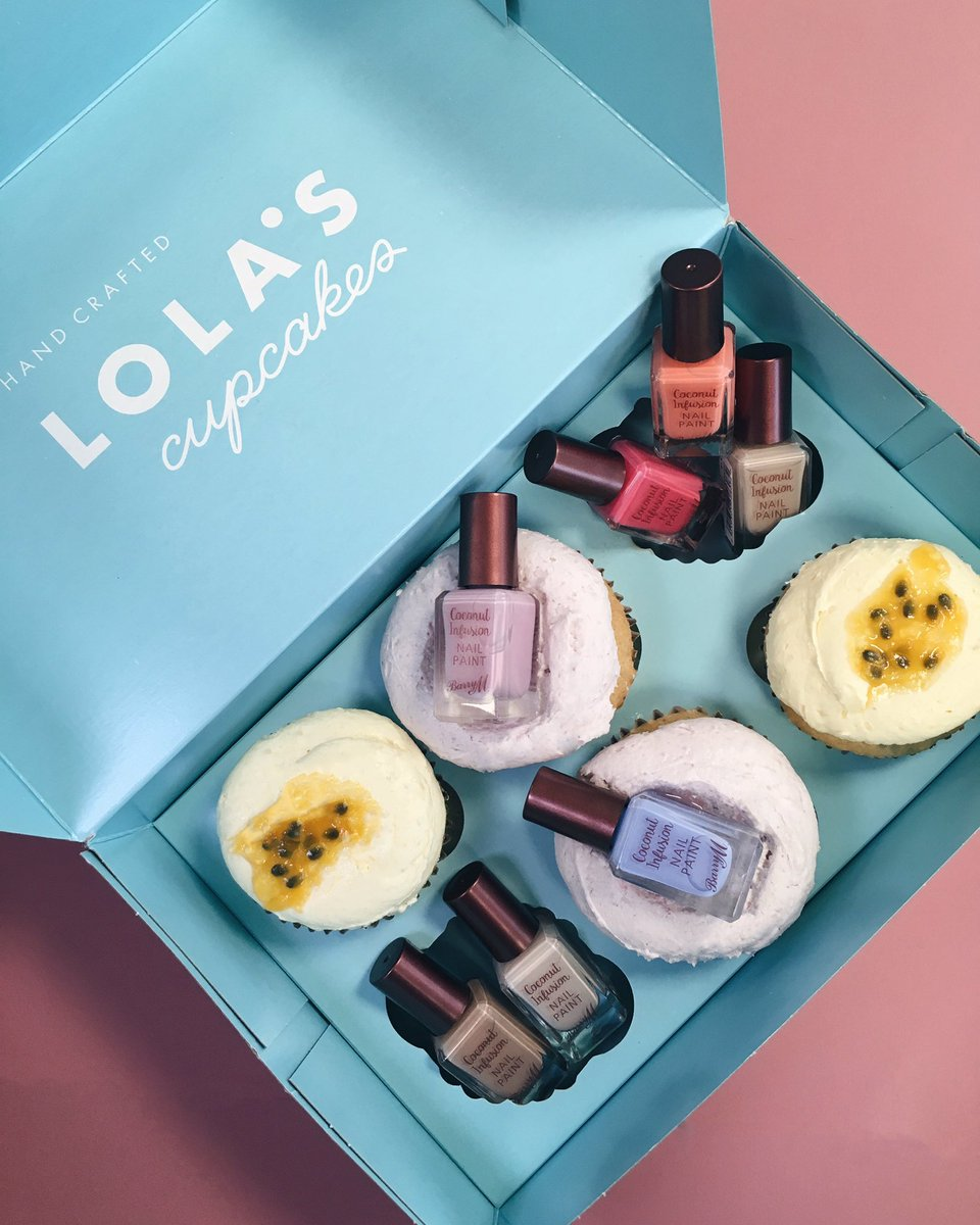#Vegan cupcakes & coco nails? As if there's any better combo! Check our pinned tweet to win with @BarryMCosmetics