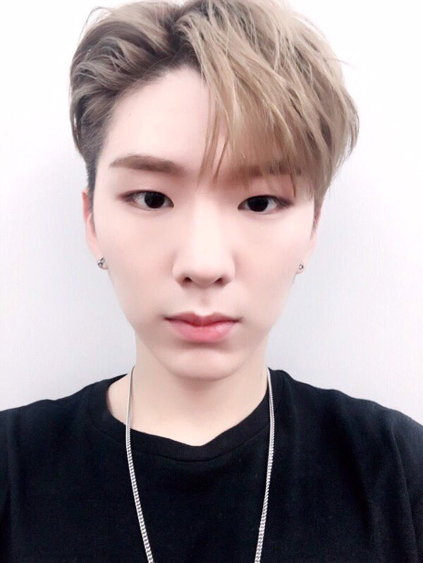 [PIC] 160616 #몬스타엑스 #MONSTA_X #Kihyun - Fan Cafe Update   #몬스타엑스400일 #400DaysWithMONSTAX https://t.co/SRvpHstT6F