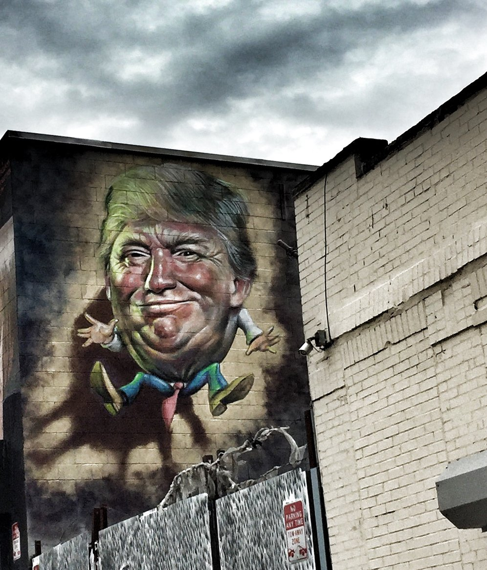Ron English @ronenglishart Paints Donald Humpty Dumpty sat on a wall,  Humpty Dumpty had a great fall... https://t.co/r2deCHlAfE