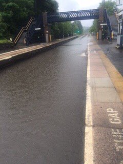 We are unable to run towards Stourbridge currently due to flooding in the line. Apologies for this. https://t.co/1gQgYMjJiI