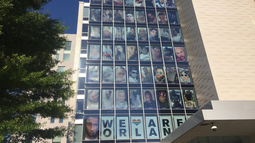 The @HRC has turned its DC headquarters into a massive tribute to the Orlando victims https://t.co/IY0eD99cp0 https://t.co/6NqQu1DOL4