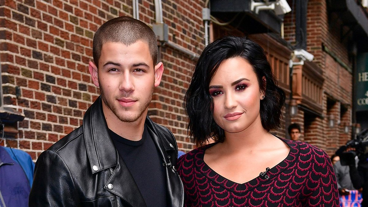 Try To Watch This Demi Lovato And Nick Jonas Interview Without Cringing