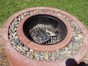 Our friends @MotherEarthNews have plans for a DIY firepit made of concrete...