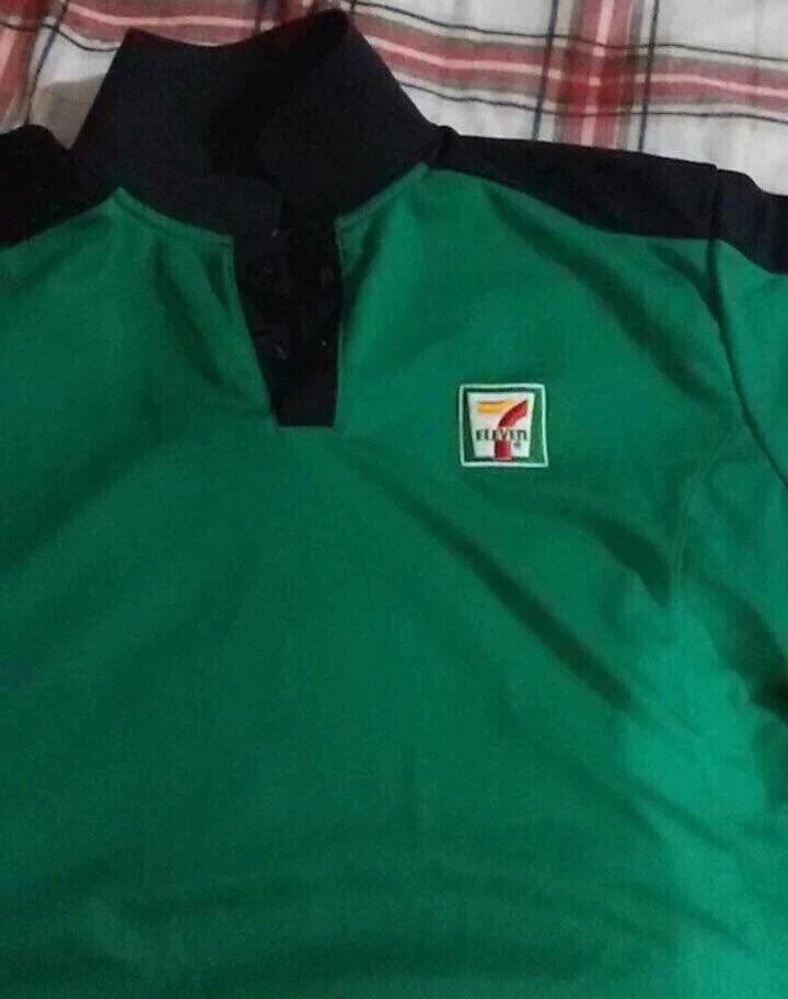 Presentan el nuevo uniforme de la #selecionmexicana tras el partido #ChilevsMexico https://t.co/lTDDhxQo64