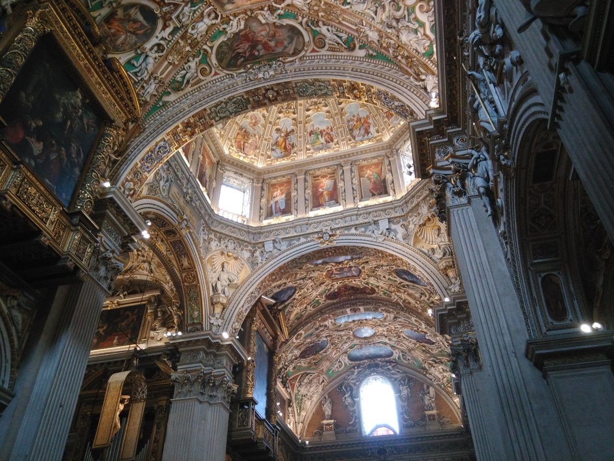 #Bergamo Santa Maria Maggiore: #buonadomenica attutti!!! https://t.co/Ydlht4LzoN