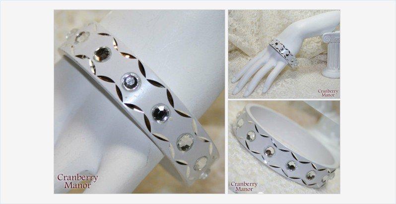 White #Bride #Wedding Rhinestone Bracelet #Vintage #Jewelry #TeamLove #VogueTeam #GotVintage https://t.co/cFfpMuMldr https://t.co/fdhCupbCyc
