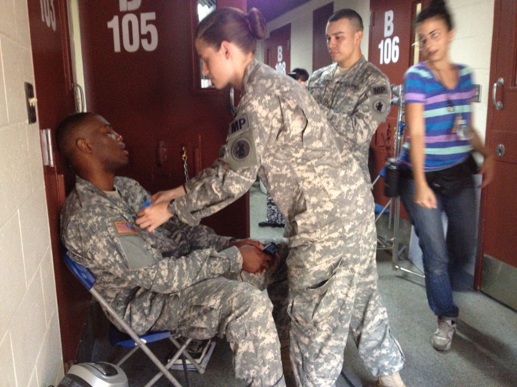 Lol just found this photo of Kristen messing with @SerDariusBlain while he was asleep on the set of #campxray https://t.co/yJpZltGbDw