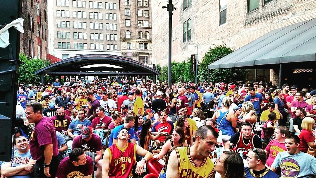 #watchparty #Cavs #ALLin216 #Believeland #NBAFinals https://t.co/NmUR6FiR2o
