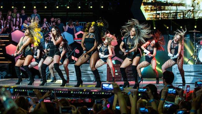Fifth Harmony, Drake big winners at #MMVAs. #iHeartRadioCA #mmva2016 https://t.co/tfLiNUerCl https://t.co/BwcytuuuIa