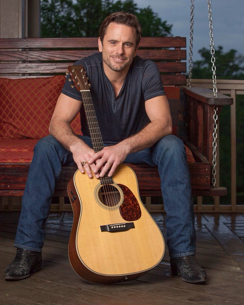 JUST ANNOUNCED at @CLMusicHall -- Pittsburgh bred @CharlesEsten on July 24th!  On Sale 6/24 at 10AM! https://t.co/575gW1V2s7