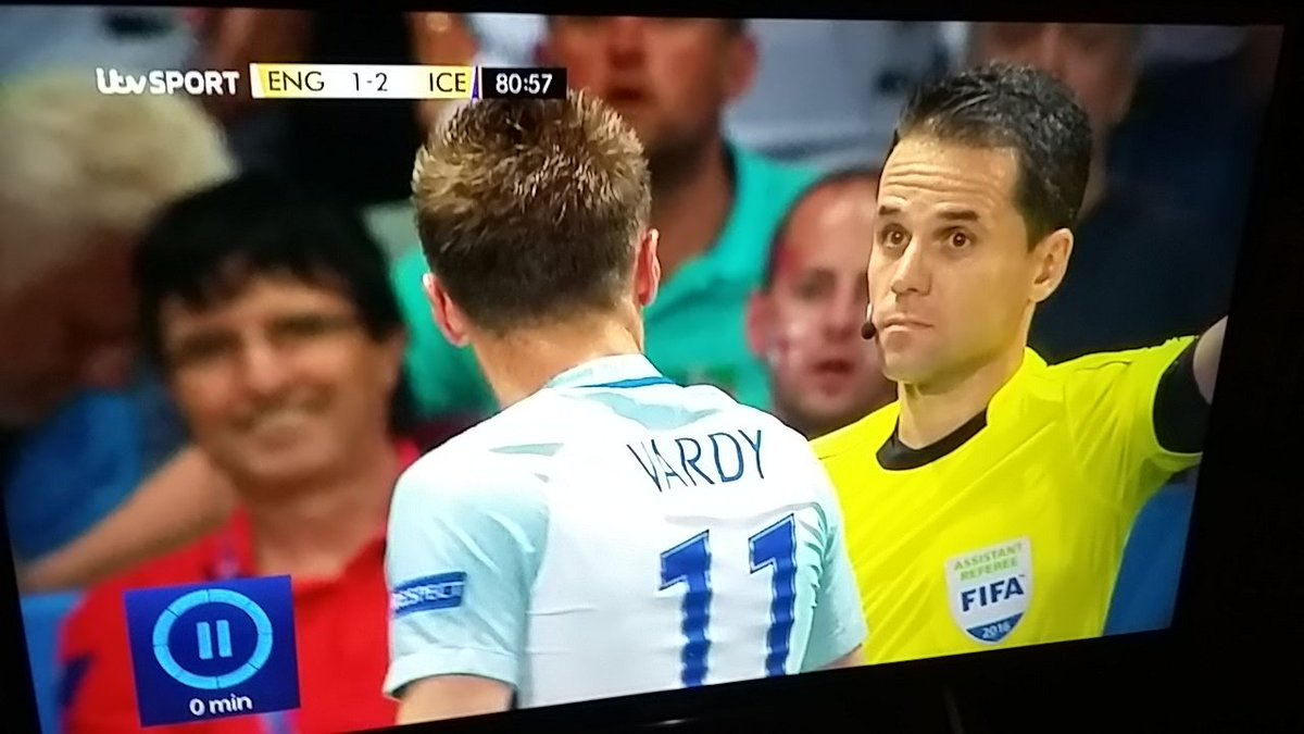 Linesman's librarian face is strong. #ENGISL https://t.co/uHInfIE74j