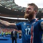 МАМА, Я ВИДЕЛ ЭТО! #Исландия выносит Англию!!! Обсуждаем тут: https://t.co/IDWnPKf0Vg https://t.co/EEliONyScD