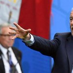 ¿Debe de dimitir Vicente del Bosque? Vota en nuestra encuesta https://t.co/8ygErItTsT #EURO2016 https://t.co/oNnDj3qdOT