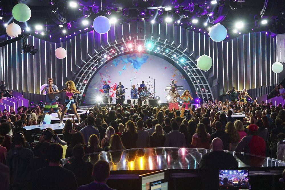 """ABC's """"Greatest Hits"""" airs this week, and we're on the premier episode! Check it out this Thursday @greatesthitsabc https://t.co/bbgrnpxbaM"""