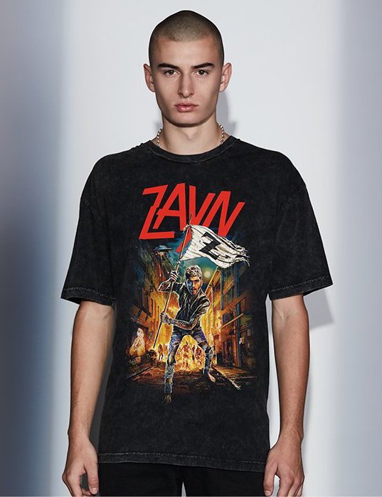 We have your exclusive first look at @zaynmalik's Mind of Mine merch collection: https://t.co/k98lL4mWSB https://t.co/3yhzOdGB2k