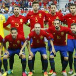 """.@dalbelda: """"Si hiciéramos una encuesta en España, solo cambiaríamos a 2 o 3 jugadores de la @SeFutbol """". https://t.co/gAQqA0FjIo"""