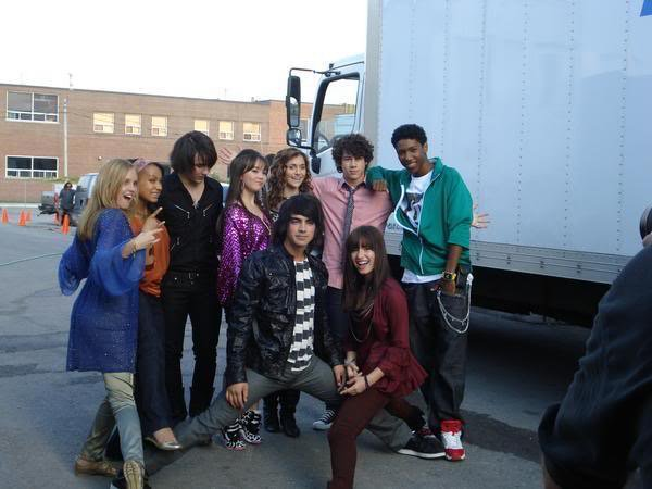 And for you... #8yearscamprock https://t.co/txFtDxtmTl