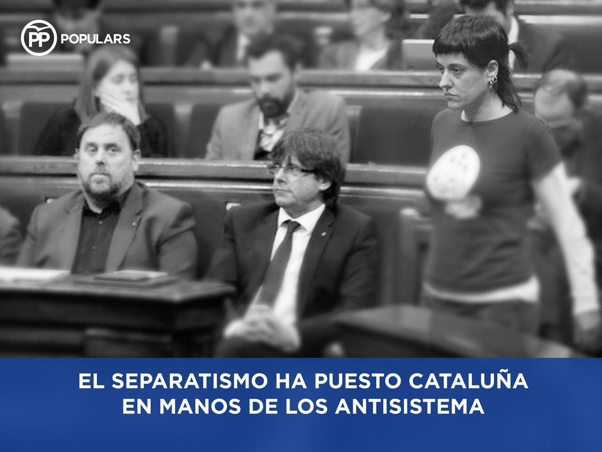 Los independentistas han puesto Cataluña en manos de los radicales. #26J no lo permitas #elDBT @pablocasado_ https://t.co/rHXBtMK4pG