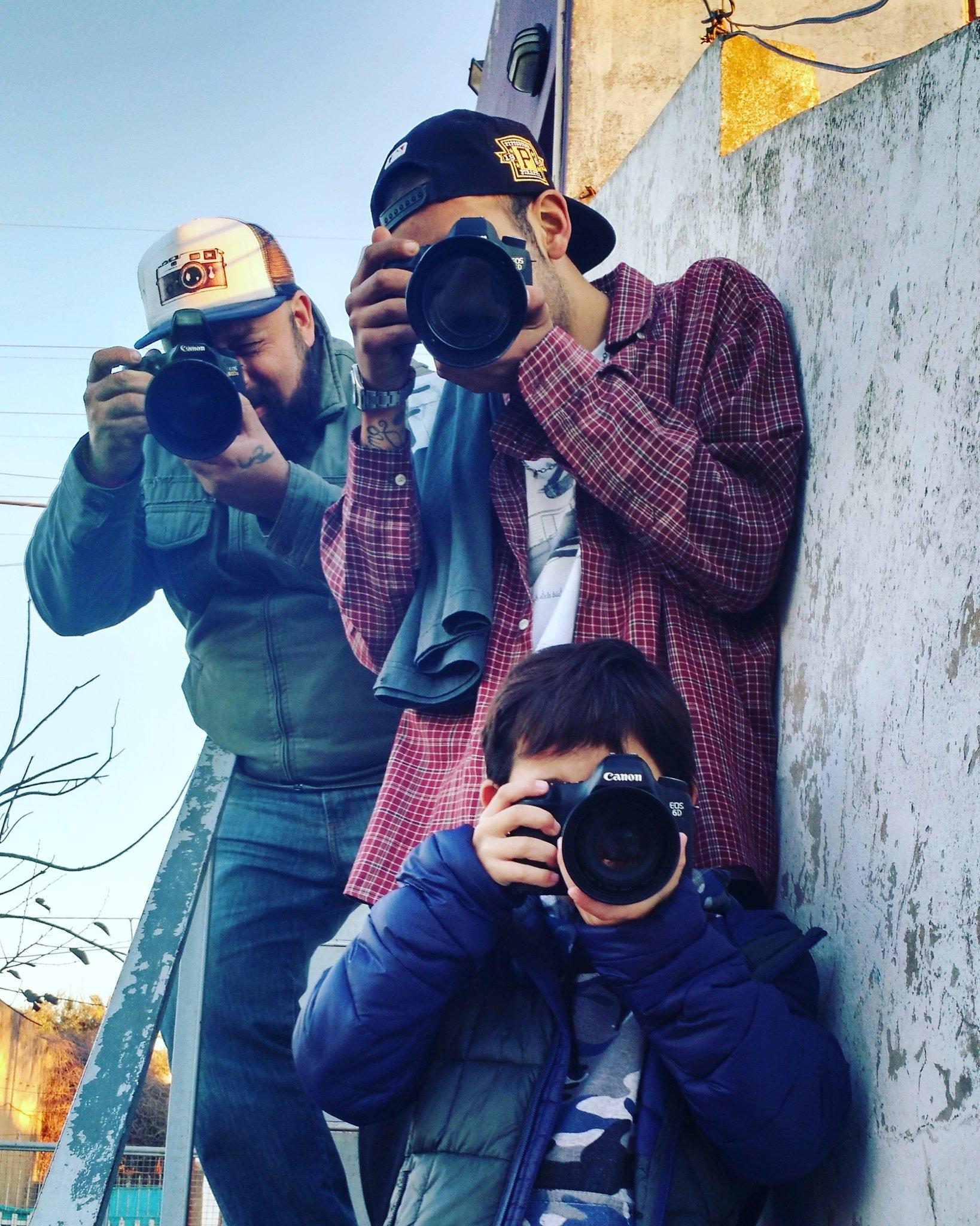 Con mis hijos. @fotodng @blogfotografo @unidosporlafoto @PintoFotografia https://t.co/iy2z9fuZyO