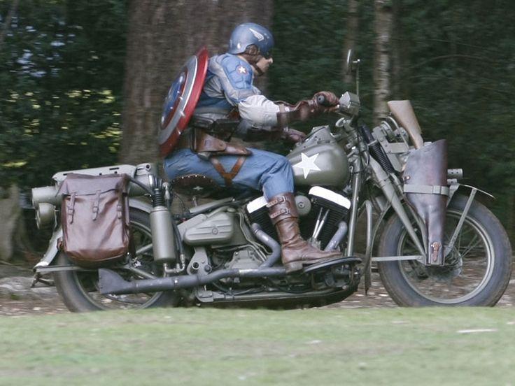 Even superheroes ride to work #RidetoWorkDay https://t.co/ZlXRtEn22x