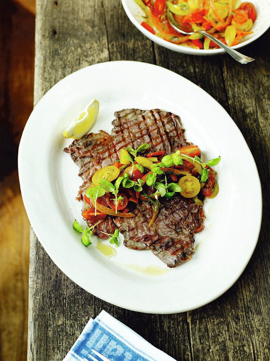 #RecipeOfTheDay is my flash feather #steak! One of the best-sellers at @JamiesItalianUK: https://t.co/kbsesgMNrb https://t.co/6ETr69BEcP