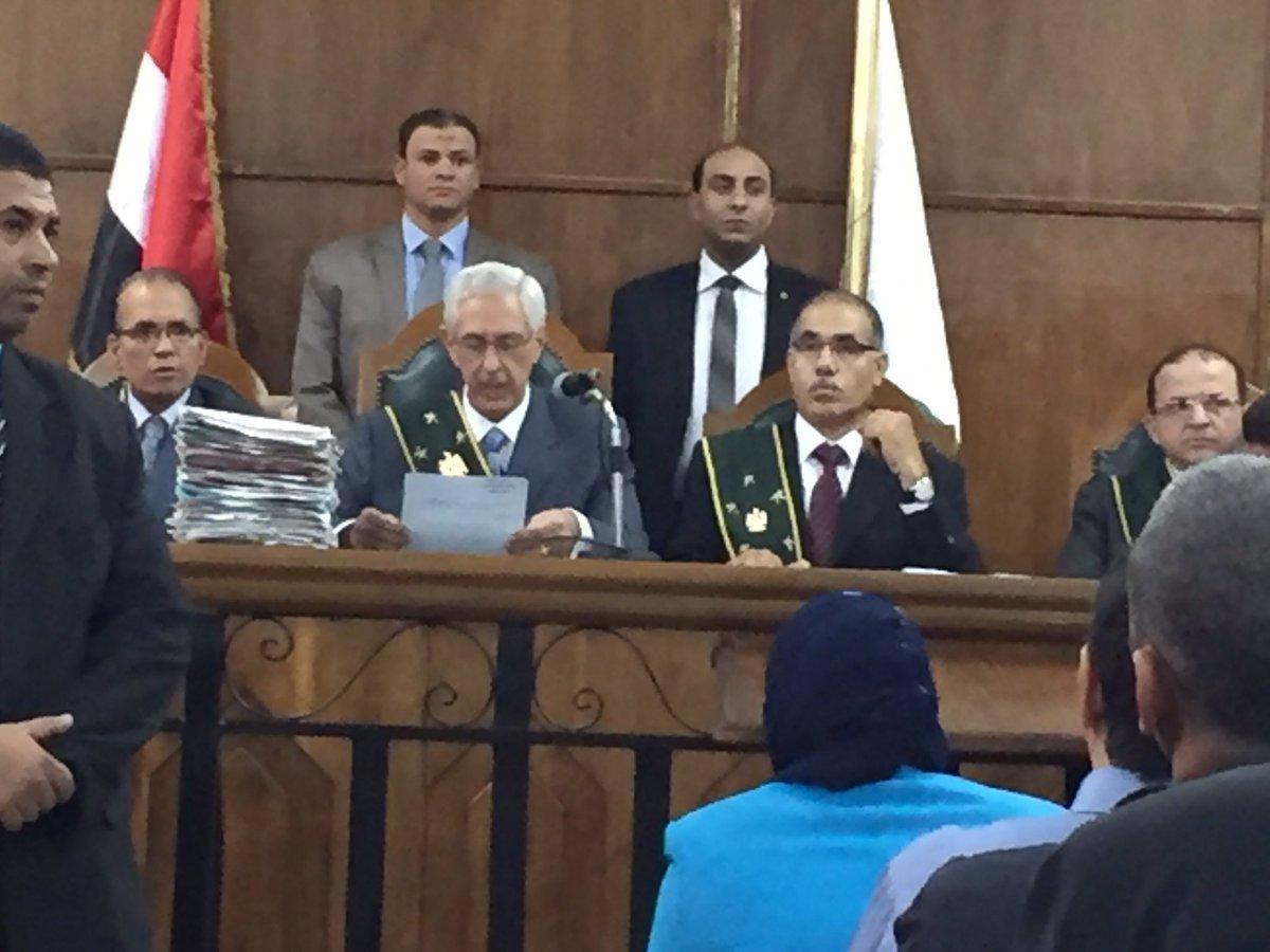تحية للقاضي البطل في زمن اصبح فيه الحكم بالعدل بطولة #تيران_وصنافير_مصرية https://t.co/rpslTGjs81