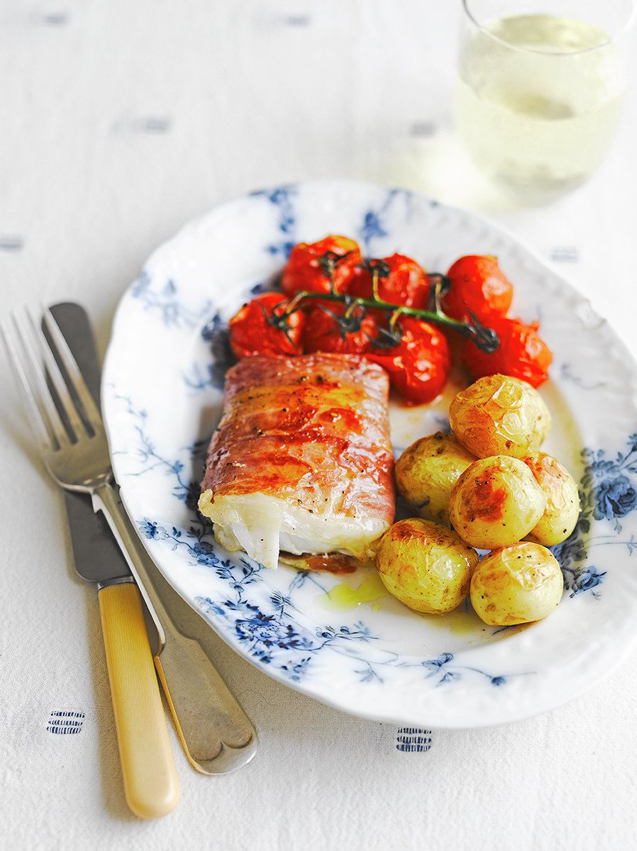 Pollock is a tasty alternative to cod, try this recipe from @JamieMagazine: https://t.co/aj8g288m5z #RecipeOfTheDay https://t.co/OsFTG38MTt