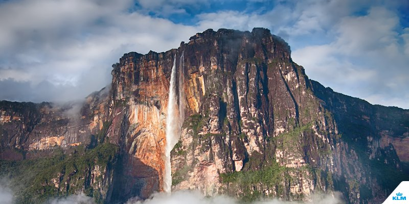 The Salto Ángel, the Iguazú Falls and 6 other spectacular waterfalls.
