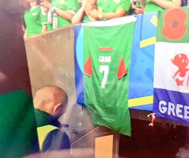 #gawa This flag has been lost at #nir v #ger match. Huge sentimental value to the owner. RT to help find it #NIRGER https://t.co/VeyTTIf3kV