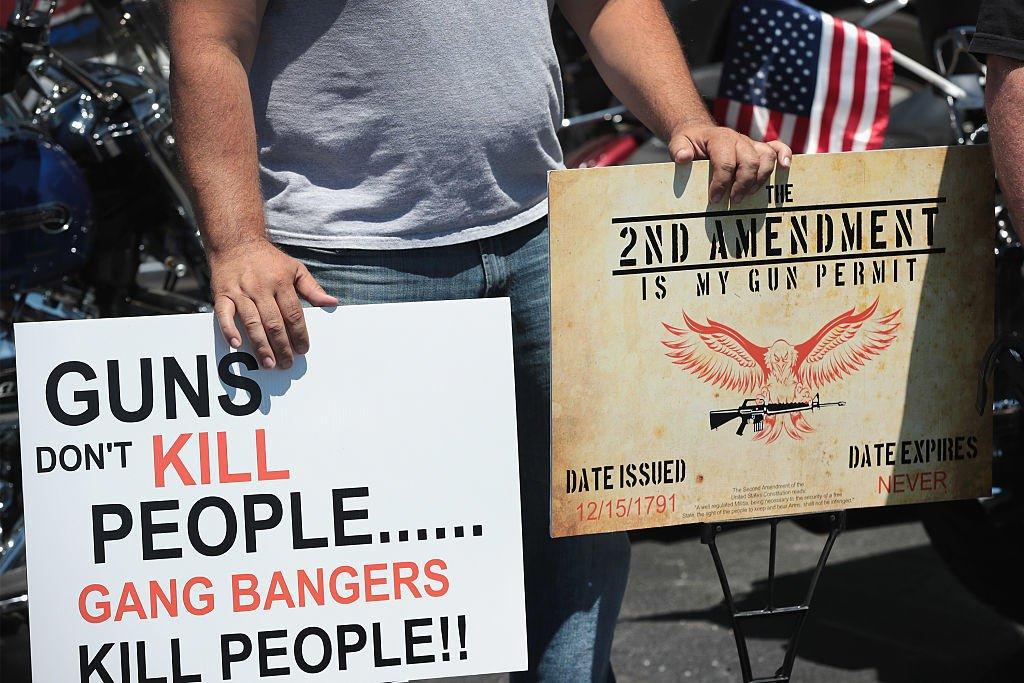 democratic and republican views on gun control