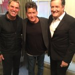 Before the show with @ShaneWarne and @piersmorgan https://t.co/xaoNocjUHg