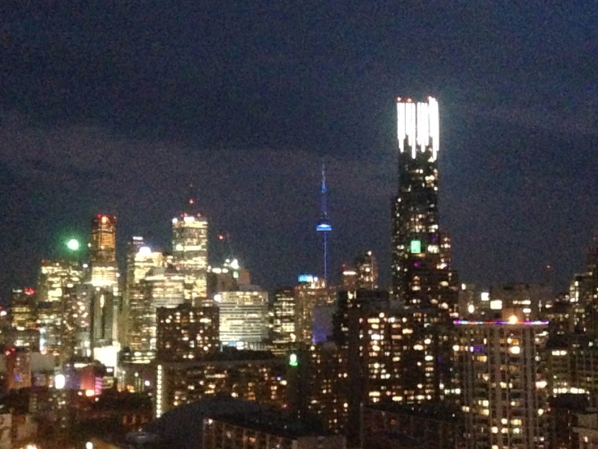 Toronto's #CNTower was illuminated in blue last night to commemorate #WorldRefugeeDay! Canada stands #WithRefugees. https://t.co/X7zu2HWkd6