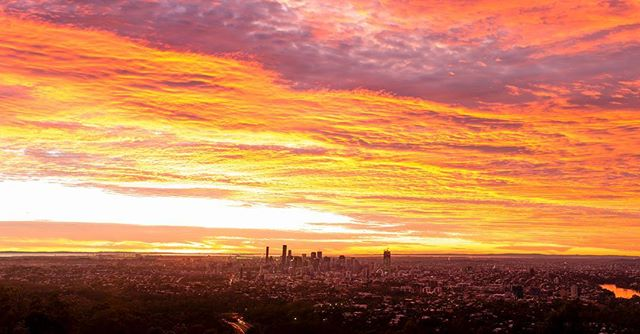 Did you see the incredible sunrise this morning? @aaroncollins_photog captured this beauty from Mt Coot-tha