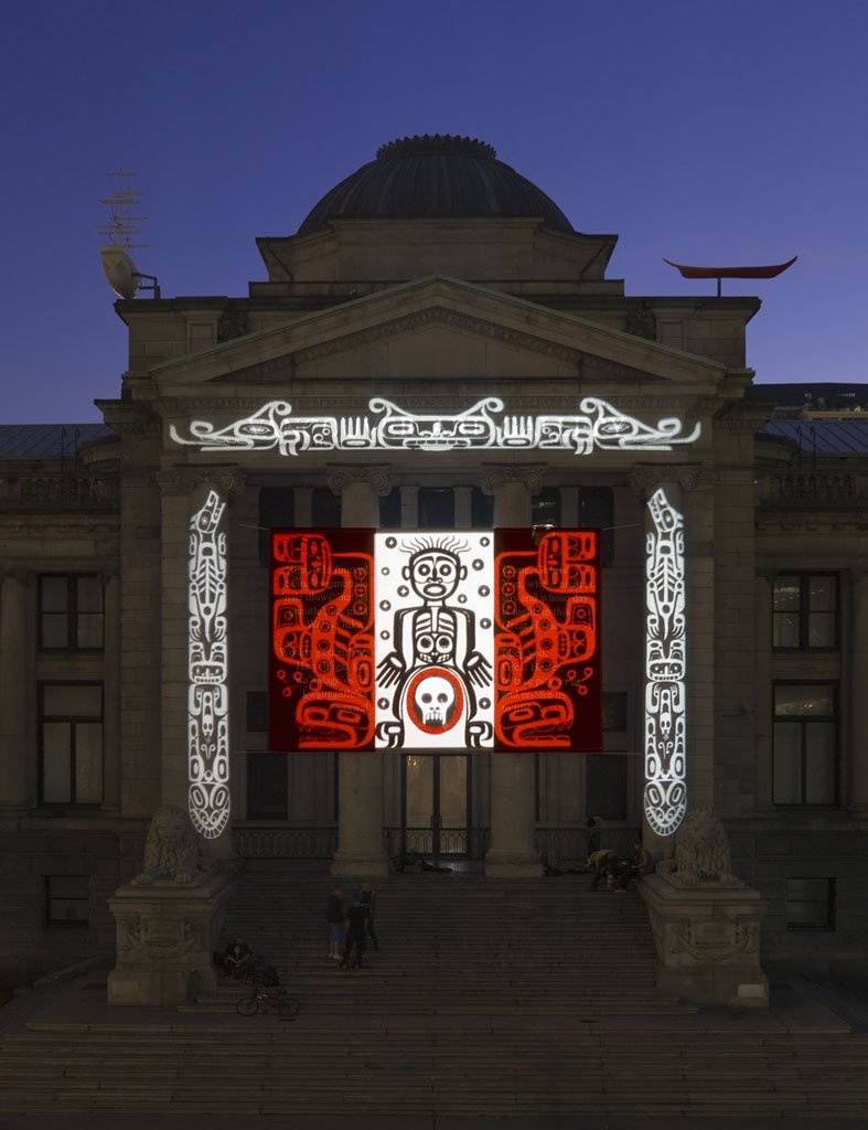 #NationalAboriginalDay art pick: Marianne Nicolson,The House of the Ghosts(2008), Light installation on our building https://t.co/ri1SWxMwSx