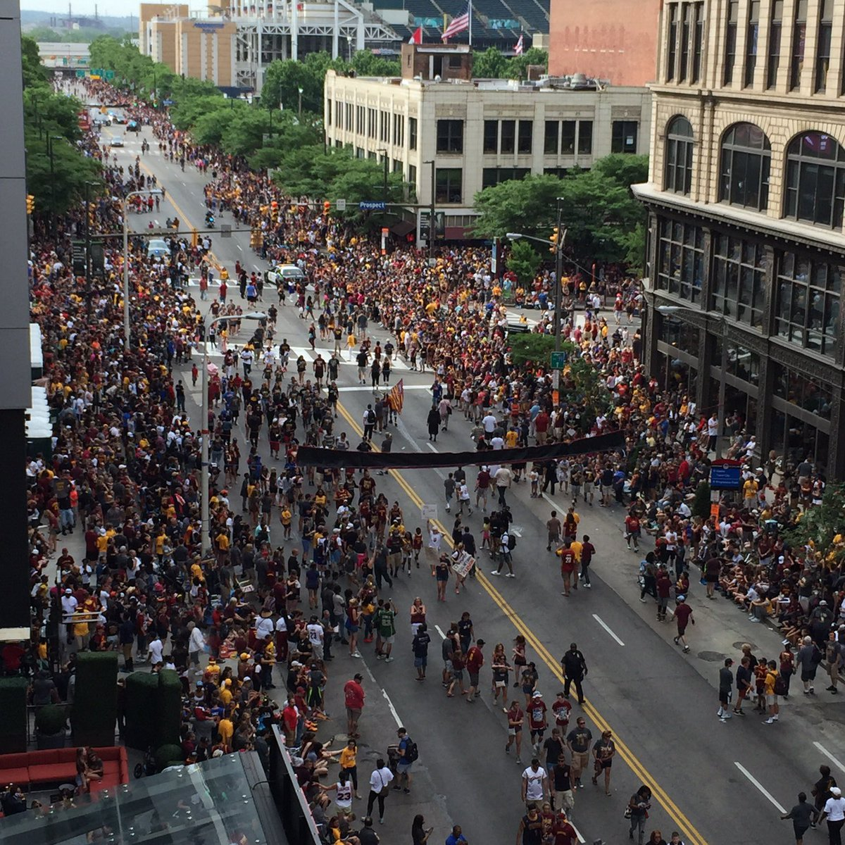 Cavs Nation! #allin216 #dtcle #CavsParade #OneForTheLand https://t.co/1MHZWodeZD
