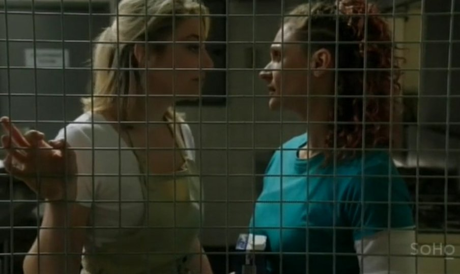 Queen Bea @daniellecormack talks about her character's new romance  https://t.co/d5GqJuZ9ZG https://t.co/cMPlNAEetX