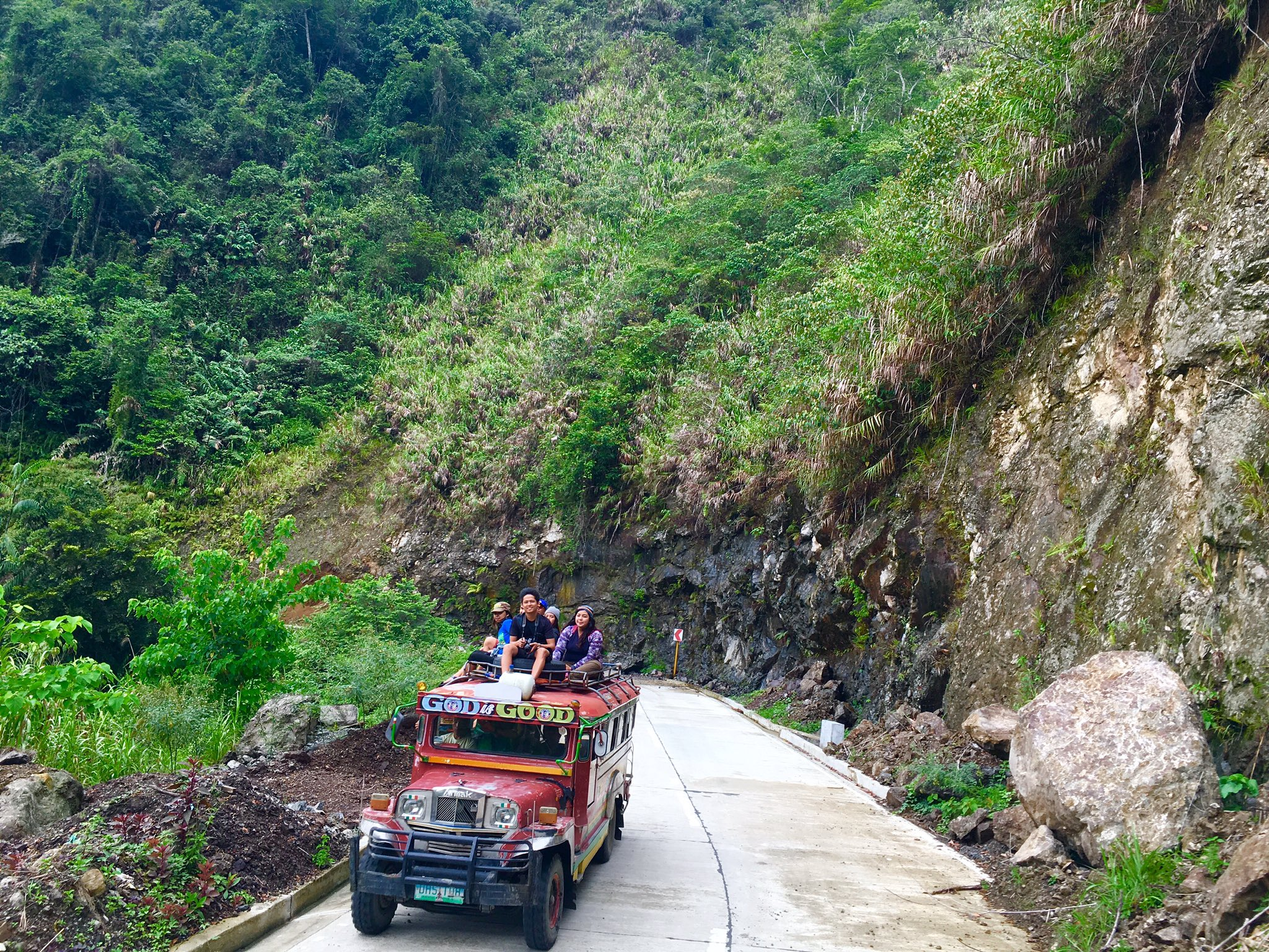 Top load ride in Banaue https://t.co/11d500Ffll