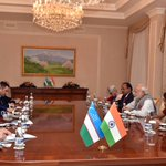 Wonderful meeting President Karimov once again. We had talks on deepening India-Uzbekistan ties. https://t.co/heGogjBHPX