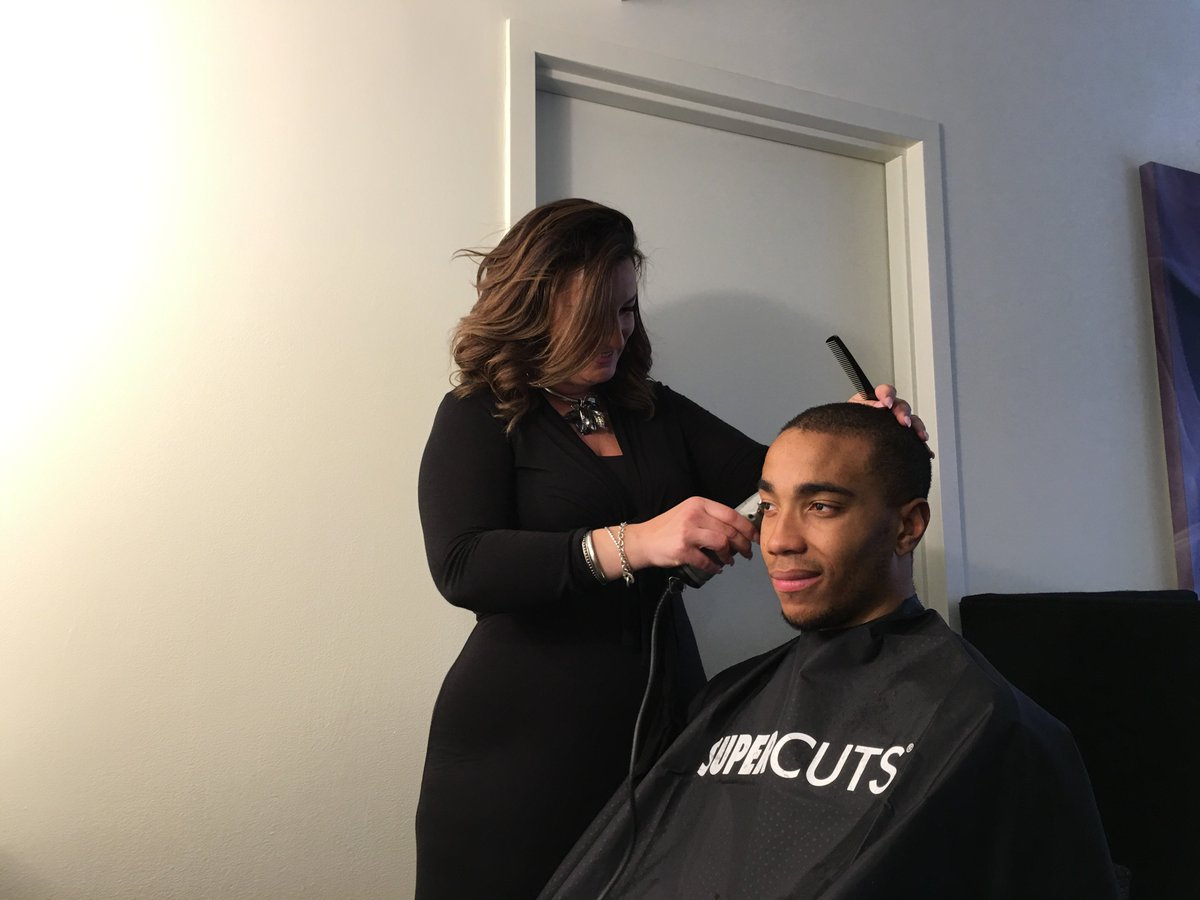 Huge thanks to @bjohnson_23 for making us part of your day—and good luck tonight! #NBADraft #Supercuts https://t.co/Utsy7HK5op