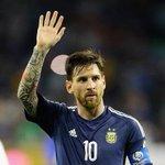 Hoy pero en 1987, nació Lionel Messi. Era chiquito, creció y ahora es el más grande de todos. Crack. ¡Feliz Cumple! https://t.co/24WLmCKTQO