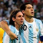 Hoy el fútbol está de fiesta. Feliz cumple a éstas dos bestias que nos dio nuestro país. https://t.co/5Isdn61pMe