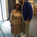 Drake spotted today at the embassy applying for a South African visa. https://t.co/vZ2yBdf0oy